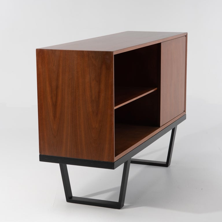 American Mid-Century Modern George Nelson for Herman Miller Cabinet on Slat Bench For Sale