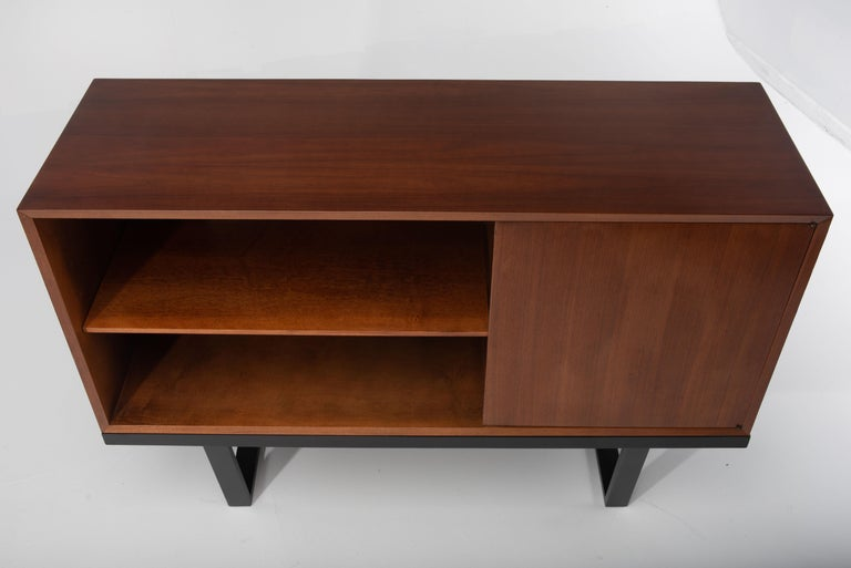 Mid-Century Modern George Nelson for Herman Miller Cabinet on Slat Bench In Excellent Condition For Sale In Hopewell, NJ