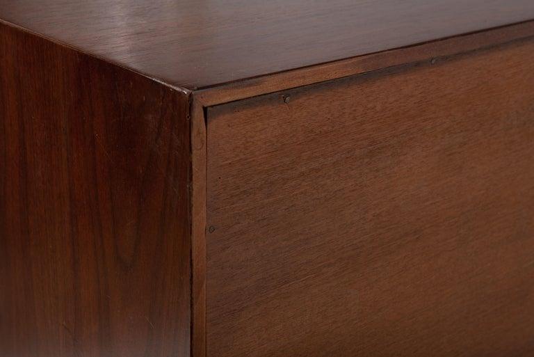 Mid-Century Modern George Nelson for Herman Miller Cabinet on Slat Bench For Sale 2
