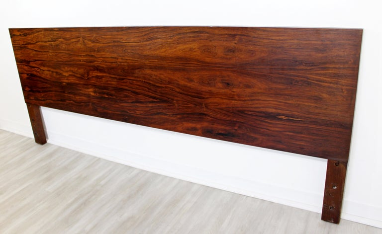Mid-Century Modern George Nelson Herman Miller Rosewood King Size Headboard In Good Condition In Keego Harbor, MI