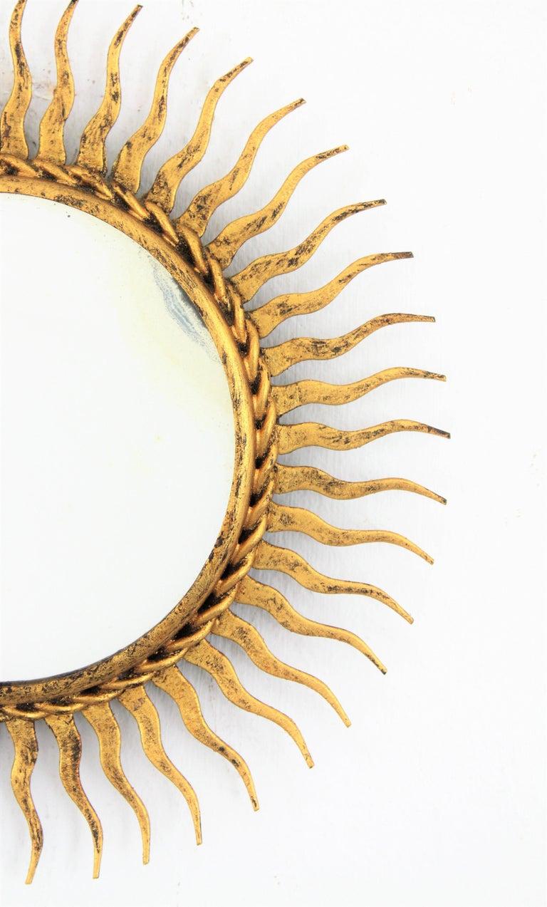 1960s Spanish Mid-Century Modern Gilt Iron Mini Sized Wall Sunburst Mirror For Sale 4