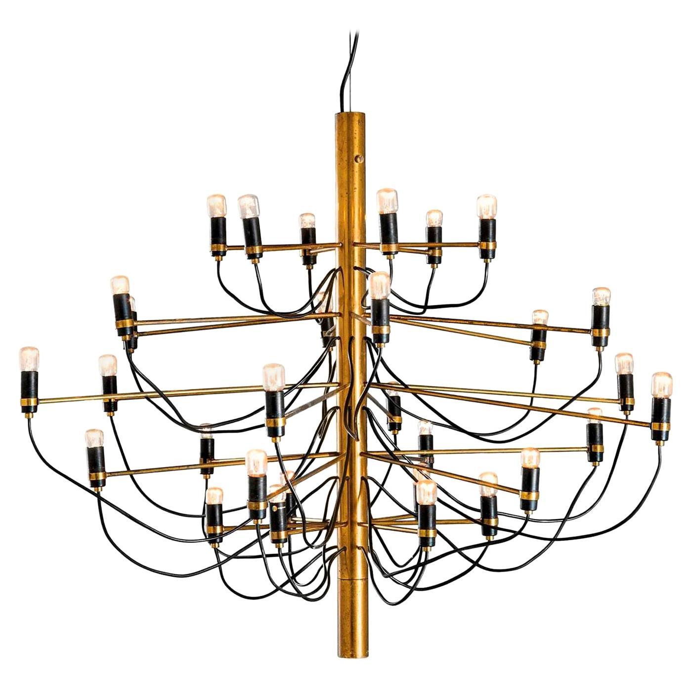 Mid-Century Modern Gino Sarfatti Brass Italian '2097/30' Chandelier, 1960s