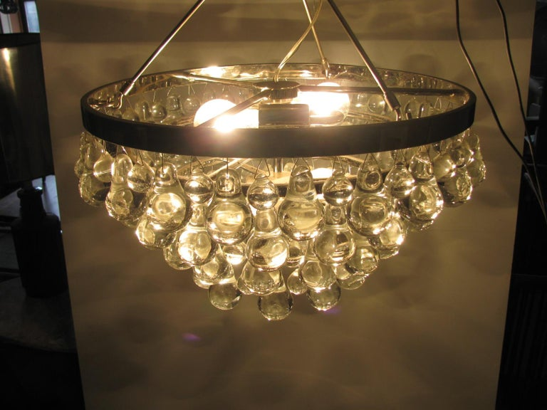 Midcentury Modern Glass Chandelier with Pear Shaped Pendalogues by Kalmar For Sale 3