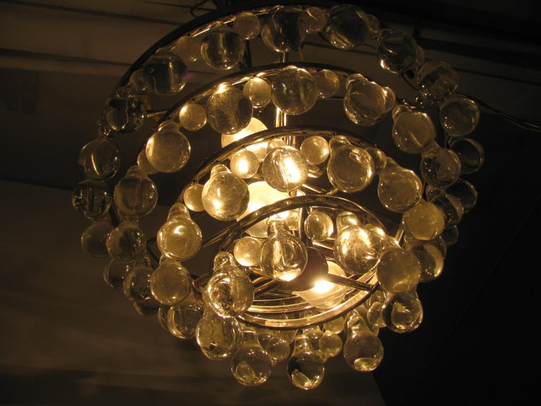Midcentury Modern Glass Chandelier with Pear Shaped Pendalogues by Kalmar For Sale 4