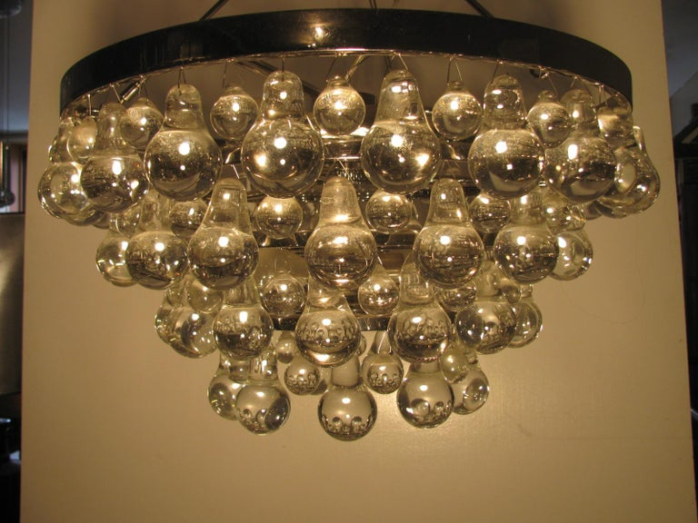 Midcentury Modern Glass Chandelier with Pear Shaped Pendalogues by Kalmar In Good Condition For Sale In Port Jervis, NY