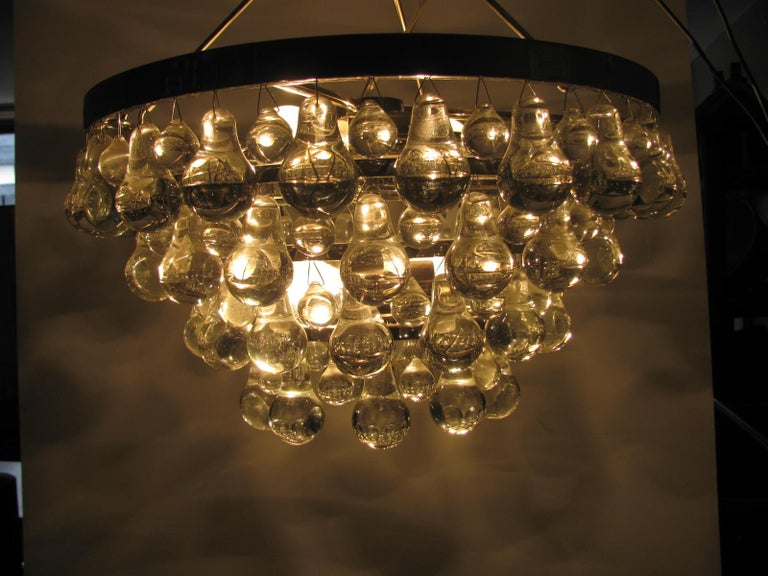 Midcentury Modern Glass Chandelier with Pear Shaped Pendalogues by Kalmar For Sale 6