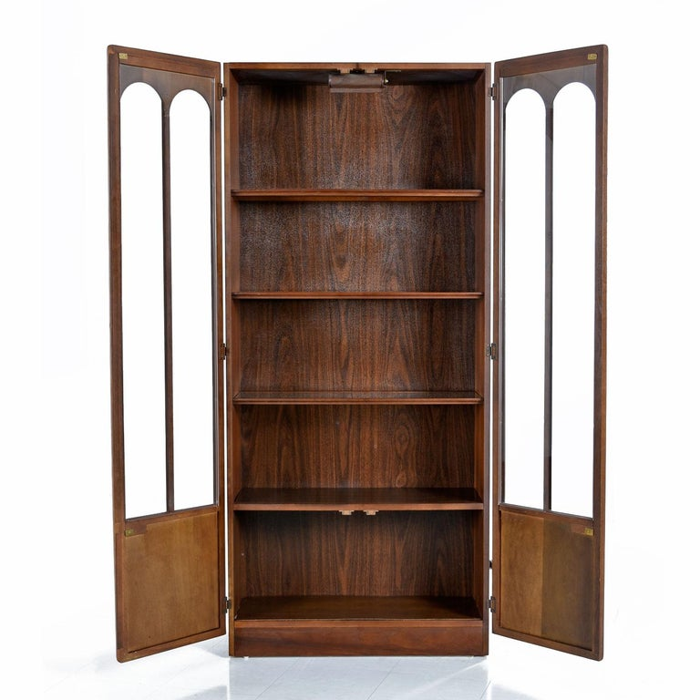 Mid-Century Modern Glass Front Rosewood Arch Accent Walnut Display Hutch Cabinet For Sale 1