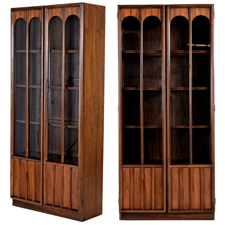 Mid-Century Modern Glass Front Rosewood Arch Accent Walnut Display Hutch Cabinet For Sale