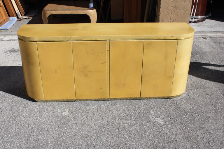 Mid-Century Modern Goatskin Sideboard with Brass Detail 1970s For Sale 15