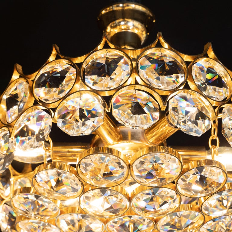Austrian Mid-Century Modern Gold-Plated and Cut Crystal Chandelier by Bakalowits & Sohne For Sale