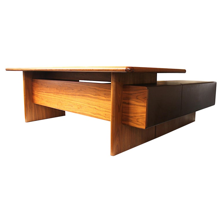 Mid-Century Modern GR90 L-Shaped Executive Desk by Ray Leigh for Gordon Russell For Sale