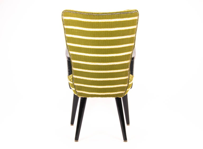 French Mid-Century Modern Green Wool and Lacquered Beech Armchair, France, circa 1940 For Sale