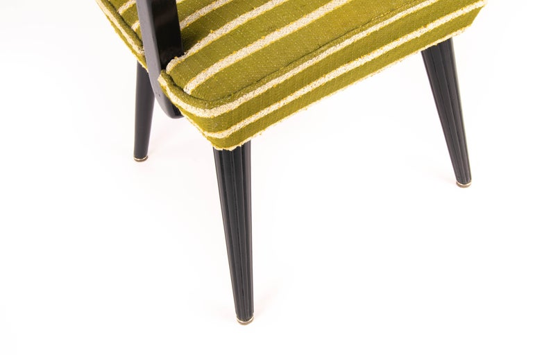 Mid-Century Modern Green Wool and Lacquered Beech Armchair, France, circa 1940 For Sale 1