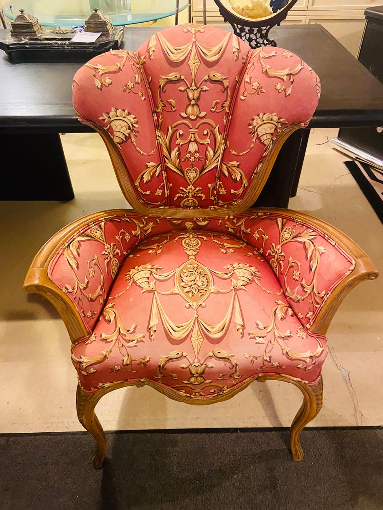Mid-Century Modern Grosfeld House Sweetheart Chairs, a Fine Carved Pair For Sale 13