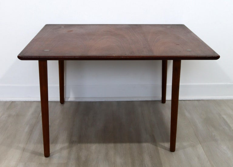 For your consideration is a terrific, square, teak side or end table, made in Denmark, by Hagen & Strandgaard, circa the 1960s. In good vintage condition. The dimensions are 30