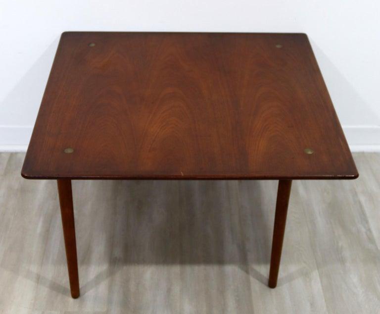 Mid-Century Modern Hagen & Strandgaard Danish Square Teak Side End Table, 1960s In Good Condition For Sale In Keego Harbor, MI