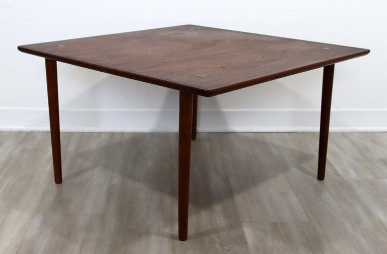 Mid-Century Modern Hagen & Strandgaard Danish Square Teak Side End Table, 1960s For Sale 1