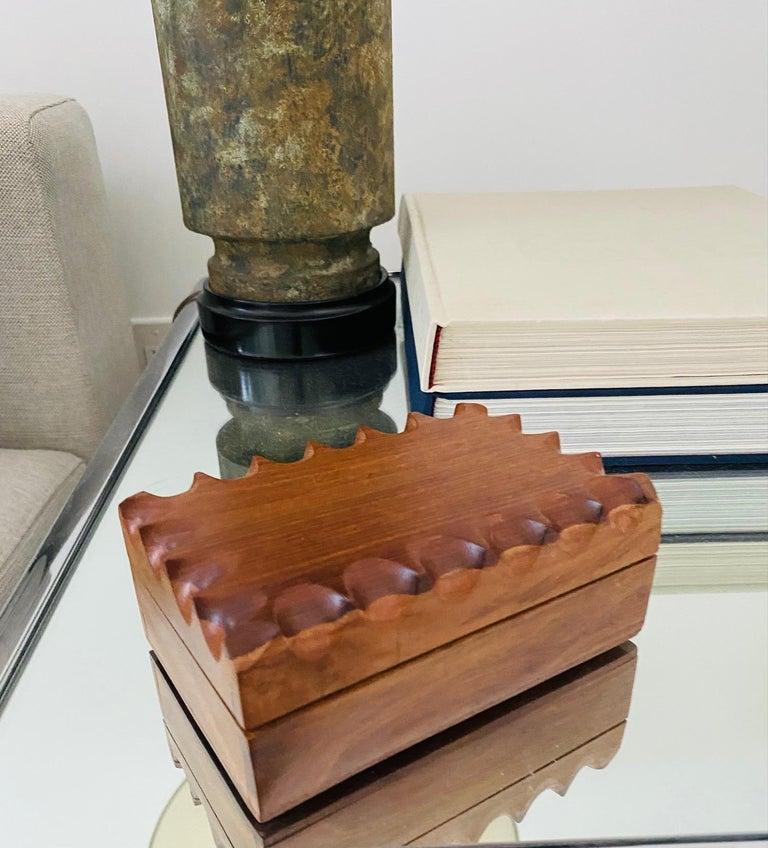 Mid-Century Modern Hand Carved Trinket Box in Walnut Wood, Denmark, c. 1960 For Sale 4