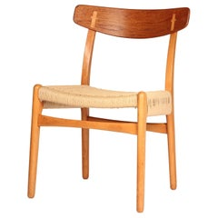 Mid-Century Modern Hans Wegner CH23 Chair