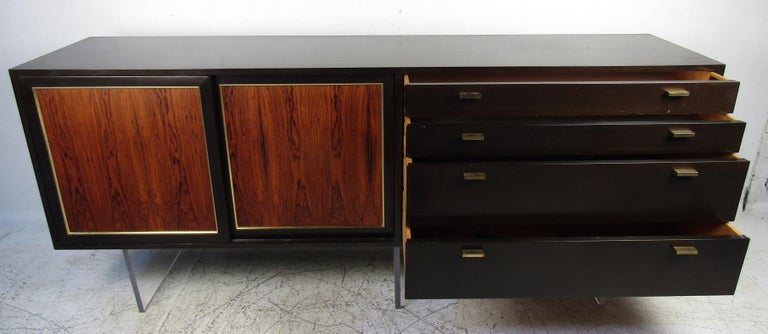 Mid-20th Century Mid-Century Modern Harvey Probber Credenza For Sale