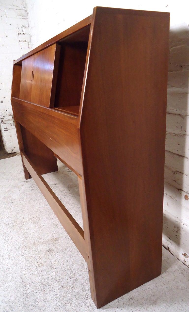 Mid-Century Modern Headboard For Sale 3