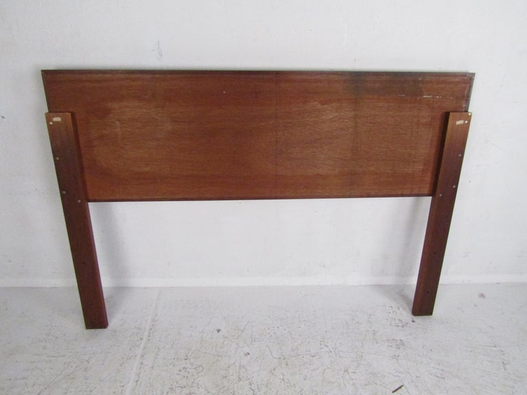 Mid-Century Modern Headboard with Cane Accents In Good Condition For Sale In Brooklyn, NY