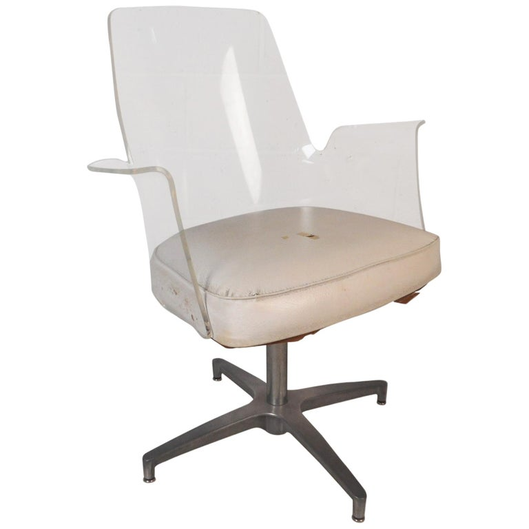 Sensational Mid Century Modern Herman Miller Style Lucite Swivel Chair Creativecarmelina Interior Chair Design Creativecarmelinacom