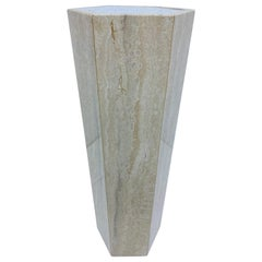 Mid-Century Modern Hexagonal Italian Travertine Pedestal Lamp Table, 1970s