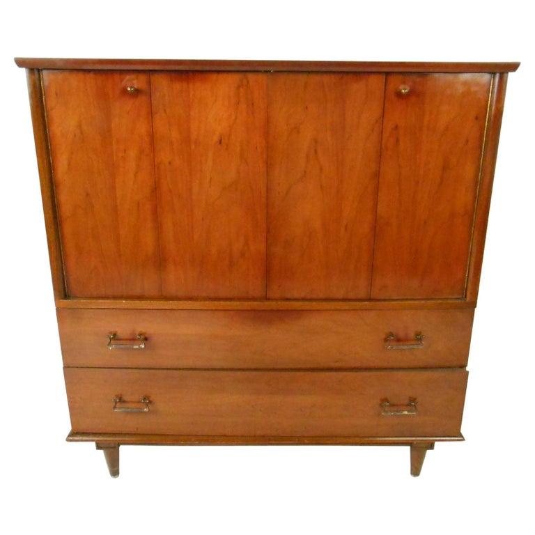 Mid-Century Modern Highboy Dresser by Mengel Furniture Co. For Sale