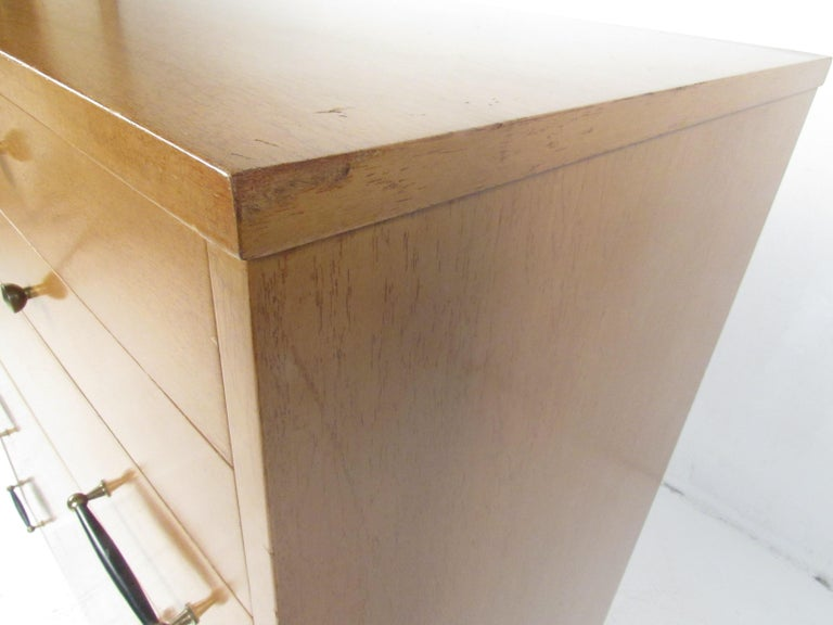 Mid-Century Modern Highboy Dresser by R-Way For Sale 6