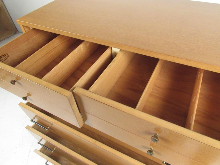 Mid-Century Modern Highboy Dresser by R-Way For Sale 3