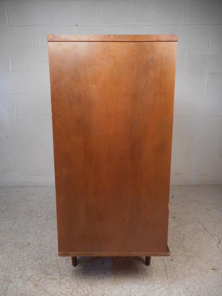 Mid-Century Modern Highboy Dresser In Fair Condition For Sale In Brooklyn, NY