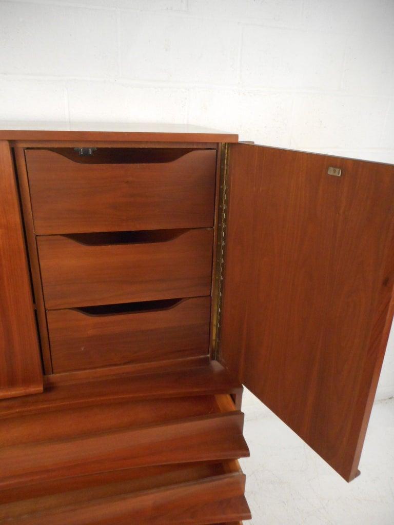 Veneer Mid-Century Modern Highboy Dresser with Curved Drawer-Fronts