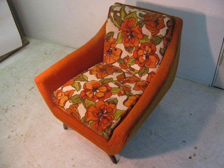 Mid Century Modern His And Hers Lounge Chairs With Ottoman