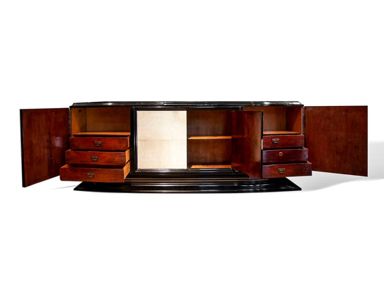 Ebony Mid-Century Modern Hollywood Regency Art Deco Black Lacquered Sideboard For Sale