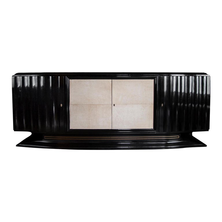 Mid-Century Modern Hollywood Regency Art Deco Black Lacquered Sideboard For Sale