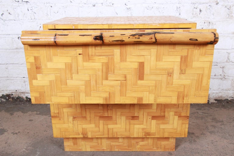 Mid-Century Modern Hollywood Regency Chinoiserie Bamboo Parquetry Nightstand For Sale 6