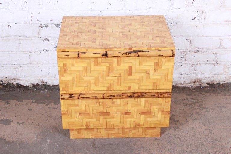 Mid-Century Modern Hollywood Regency Chinoiserie Bamboo Parquetry Nightstand In Good Condition For Sale In South Bend, IN