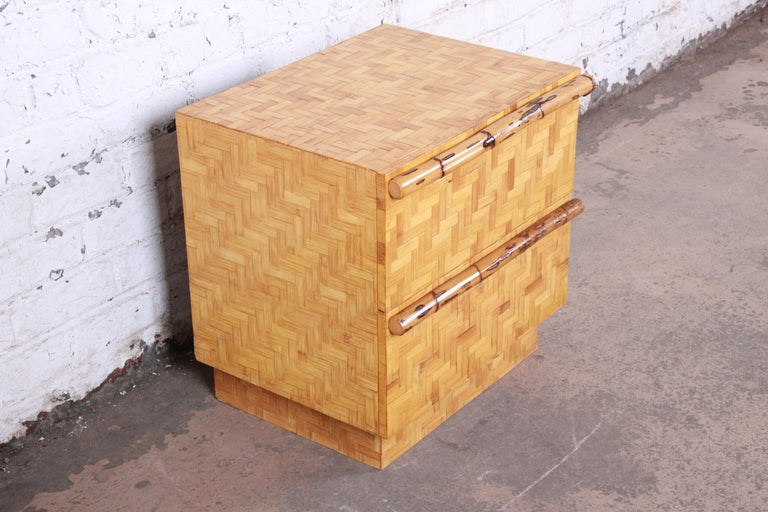 Mid-Century Modern Hollywood Regency Chinoiserie Bamboo Parquetry Nightstand For Sale 2