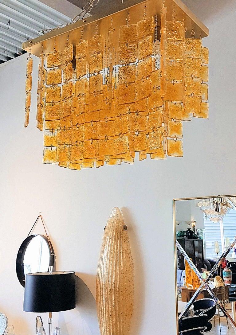 Italian Mid-Century Modern Honey & Brass Murano Glass Flush Mount Light, Sciolari Style For Sale