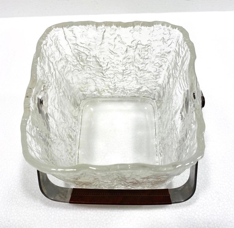 Mid-Century Modern Ice Bucket with Textured Ice Glass, Japan, circa 1960s For Sale 5