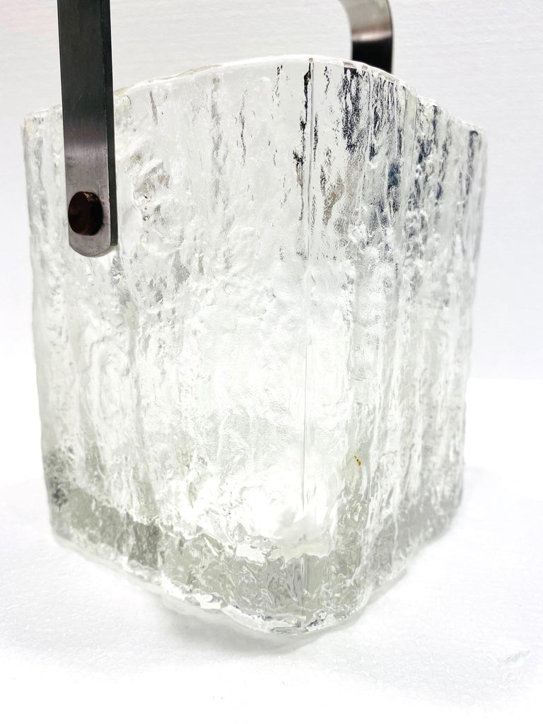 Mid-20th Century Mid-Century Modern Ice Bucket with Textured Ice Glass, Japan, circa 1960s For Sale