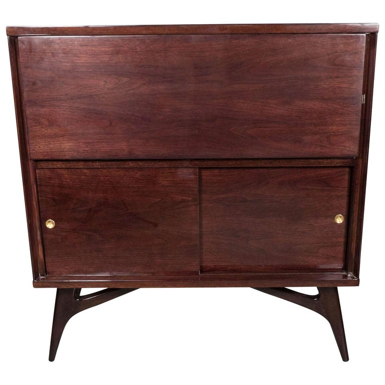 Mid-Century Modern Illuminating Bookmatched Walnut and Brass Bar Cabinet For Sale