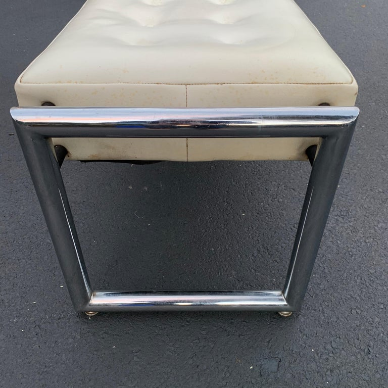 Mid-Century Modern Industrial Chrome Bench with Original White Vinyl Upholstery For Sale 14
