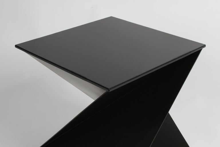 Mid-Century Modern Italian Black Painted Cubist or Origami Side Table For Sale 5