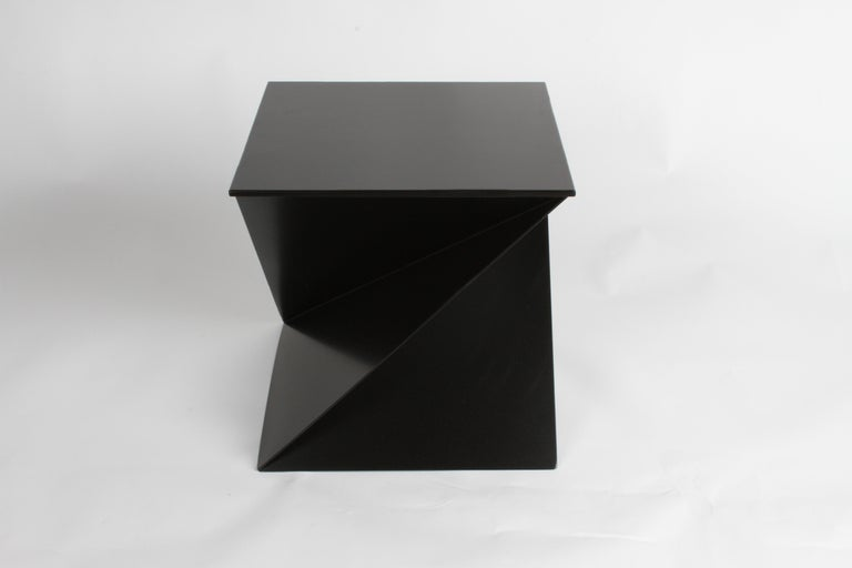 Mid-Century Modern Italian Black Painted Cubist or Origami Side Table For Sale 2