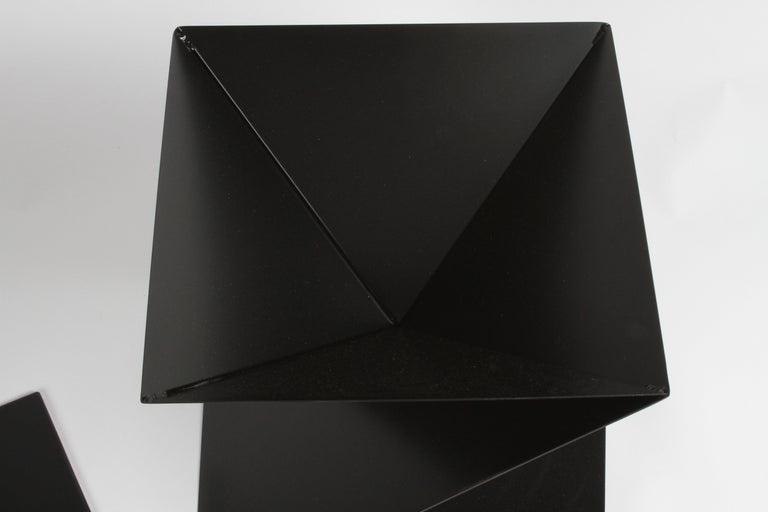 Mid-Century Modern Italian Black Painted Cubist or Origami Side Table For Sale 3