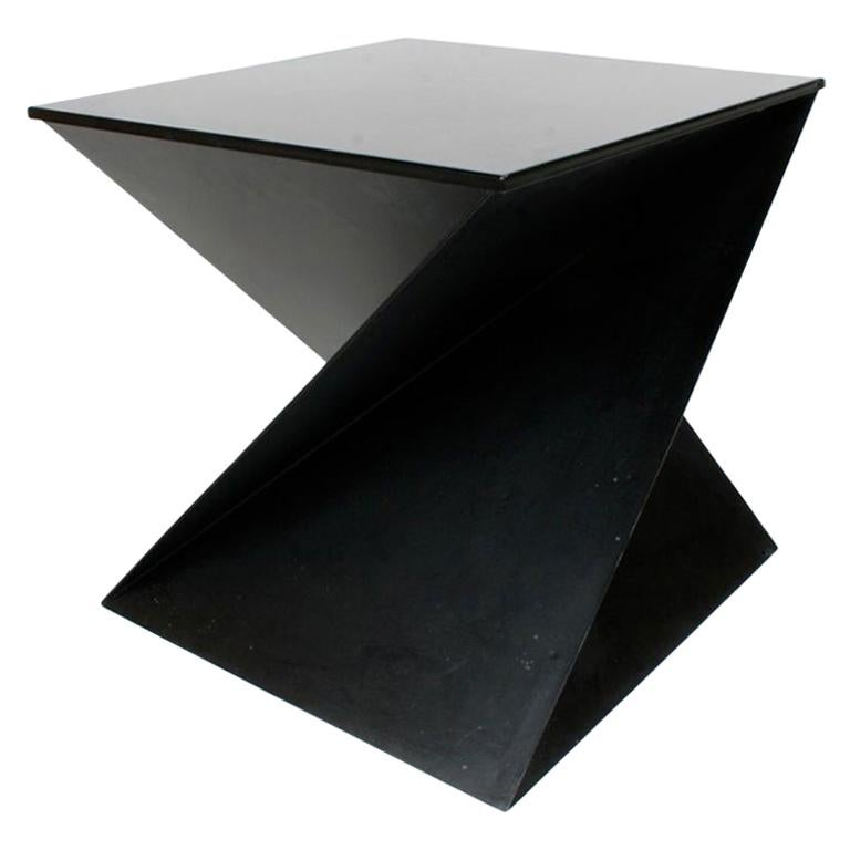 Mid-Century Modern Italian Black Painted Cubist or Origami Side Table For Sale