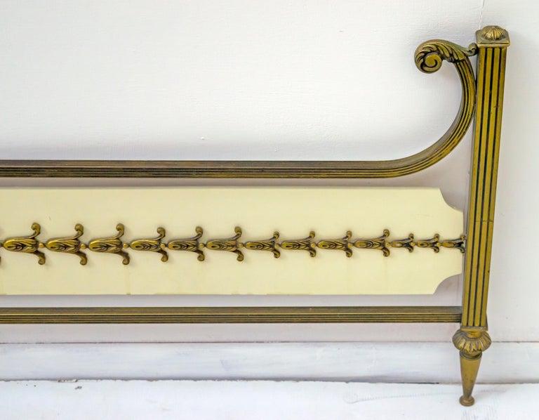 Mid-Century Modern Italian Brass Bed, 1960s For Sale 6