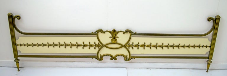 Mid-Century Modern Italian Brass Bed, 1960s In Good Condition For Sale In Cerignola, Italy Puglia